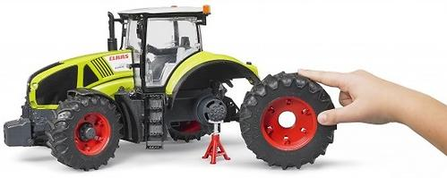 Трактор Bruder Claas Axion 950 (4)