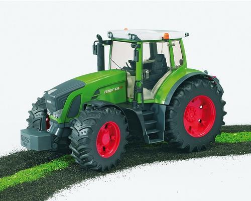 Трактор Bruder Fendt 936 Vario (7)
