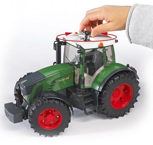 Трактор Bruder Fendt 936 Vario (8)