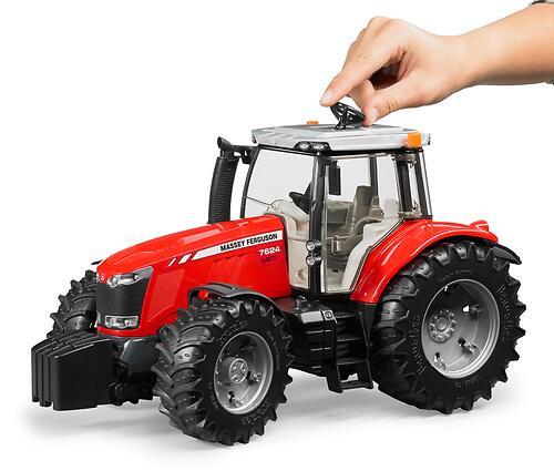 Трактор Bruder Massey Ferguson 7600 (7)