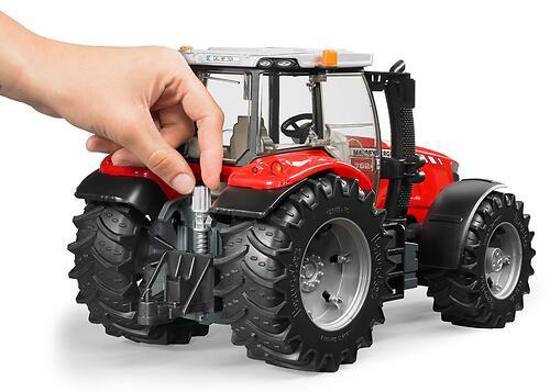 Трактор Bruder Massey Ferguson 7600 (8)