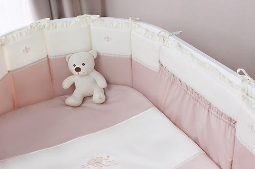 Комплект в кроватку Perina Эстель Oval 7 предметов 125х75 (6)