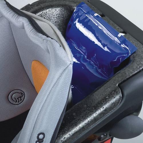 Автокресло Recaro Monza Nova IS Seatfix Performance Black (30)