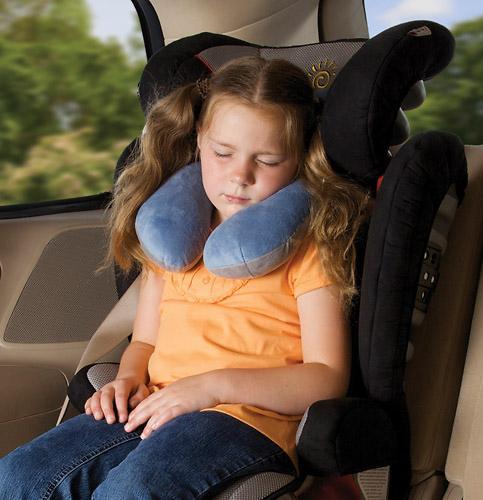 Подушка для путешествий Diono Hug Me (6)