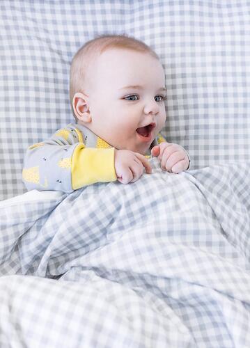Комплект постельного белья Happy Baby 2 предмета наволочка+пододеяльник White-Grey 87504 (12)