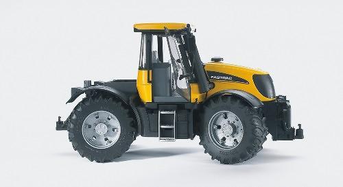 Трактор Bruder JCB Fastrac 3220 (7)