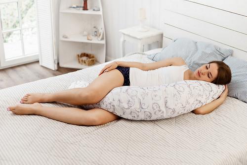 Уценка! Подушка Roxy для беременных, наполнитель полистерол (шарики) RPP-006Wb (Ал) (14)