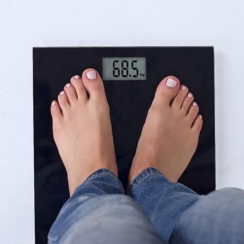 Весы Omron HN289 Black (8)