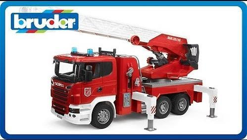 Пожарная машина Scania с выдвижной лестницей и помпой с модулем со световыми и звуковыми эффектами (10)