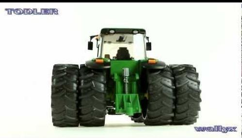 Трактор Bruder с двойными колёсами John Deere 7930 (6)
